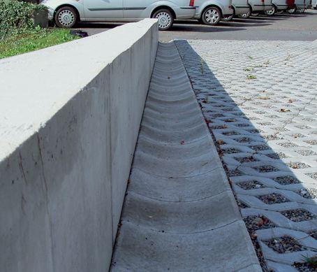 Betonový žlab odvodňovací