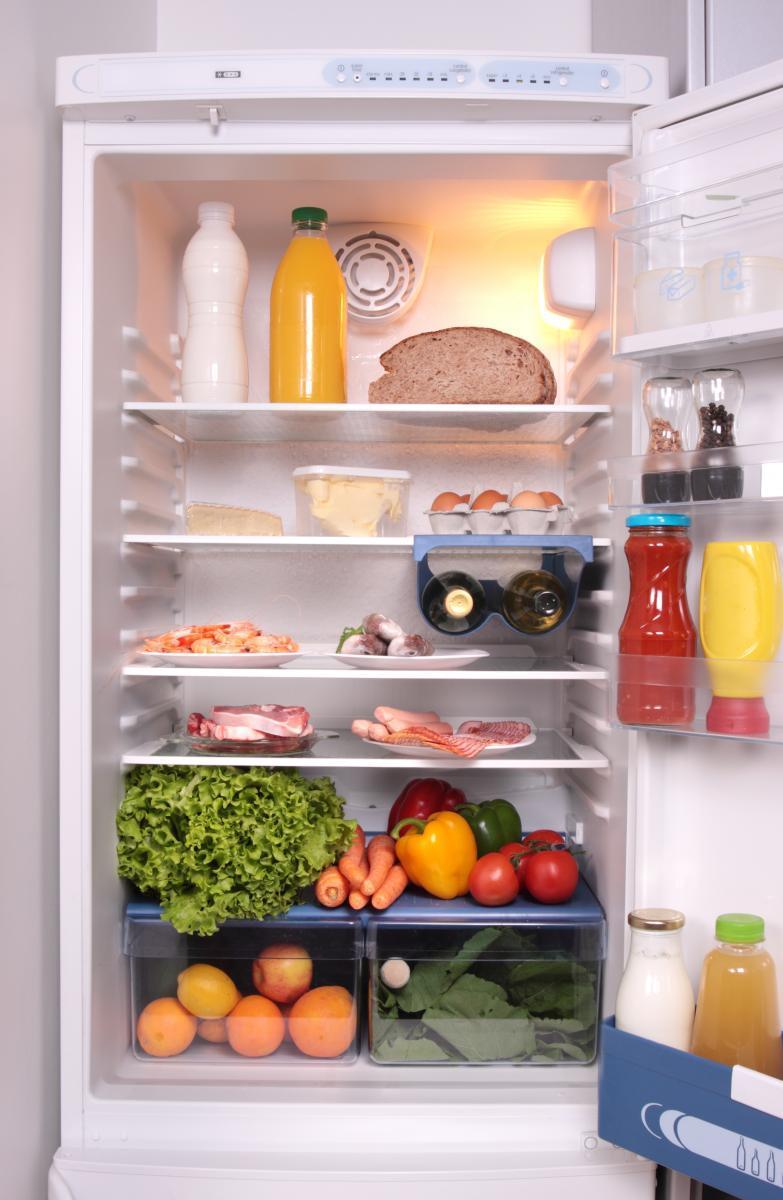 Systém kapání pro odmrazování chladničky je pohodlný a levný